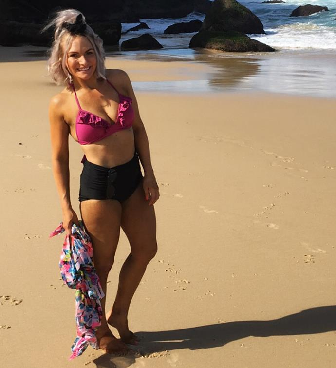 Nicole at the beach after her weight loss.