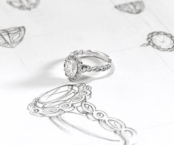 The stone of Jess's ring is a 1.5 carat diamond, lucky girl!
