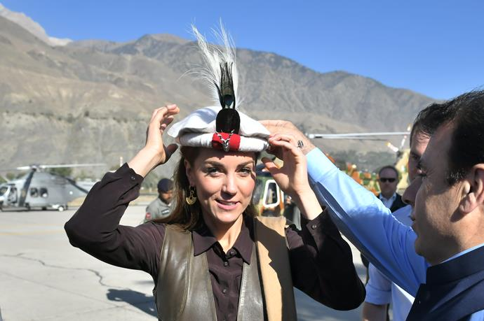 "As she and William landed in the province, the pair were given [traditional Chitrali hats](https://www.nowtolove.com.au/royals/british-royal-family/kate-middleton-princess-diana-pakistan-hat-59802|target=""_blank"")."