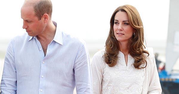Prince William & Kate Middleton's plane makes emergency landing | Australian Women's Weekly