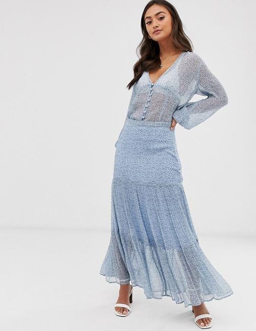 "The Ghost felica georgette tiered floral midi skirt ($AUD $150) echoes Kate's summery look. Buy it via ASOS [here](https://www.asos.com/au/ghost/ghost-felica-georgette-tiered-floral-midi-skirt/prd/12577020|target=""_blank""|rel=""nofollow"")."