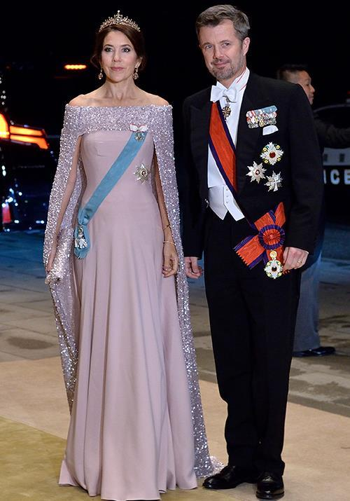 Princess Mary was a vision in pink as she attended a banquet held after the Japanese enthronement ceremony.