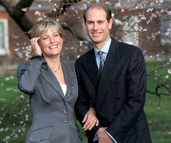 It was a tropical proposal for the Queen's youngest son Prince Edward who popped the question to his long-term girlfriend Sophie Rhys-Jones during a Christmas holiday on Windermere Island in the Bahamas in 1998.  <br><br> And to make matters just a touch cuter, the ring featured two heart-shaped gemstones.