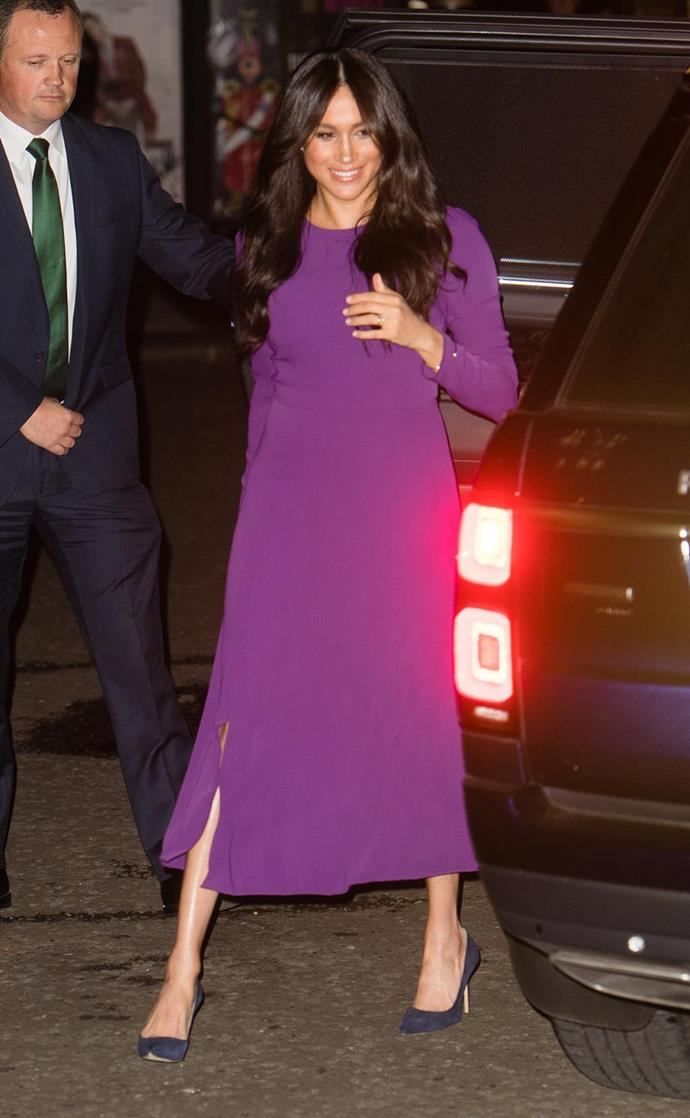 "In October, Meghan stepped out to attend the [One Young World Summit Opening Ceremony](https://www.nowtolove.com.au/royals/british-royal-family/meghan-markle-purple-dress-59913|target=""_blank"") at Royal Albert Hall in a dress you might find *quite* familiar if you just scroll up a little... yep, she rewore one of our favourite maternity designs -her gorgeous Babaton for ARITZIA dress. An absolute vision if we ever saw one!"
