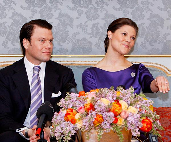 """Former personal trainer Daniel Westling got down on one knee to his girlfriend Crown Princess Victoria of Sweden in the grounds of Drottningholm Palace. <br><br> """"It was a lovely sunny day. It was a fantastic atmosphere, I was a little nervous, of course. I was hoping for a yes, but wasn't completely sure,"""" he said of the moment. Crown Princess Victoria added: """"And I said: YES YES YES YES!"""""""
