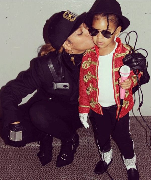 Beyonce's daughter Blue Ivy dressed as Janet Jackson and a pint-sized Michael for Halloween 2014.