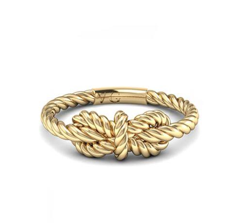 "The Duchess also wore the High Seas Bow Knot Ring. [View it online here](https://shop.vargasgoteo.com/collections/high-seas-1/products/bow-knot-silver-ring|target=""_blank""