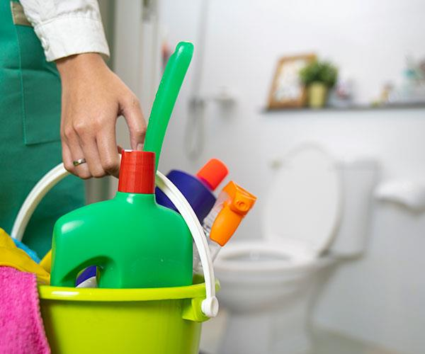 Cleaning products are often full of petrochemicals that are harmful to our health.