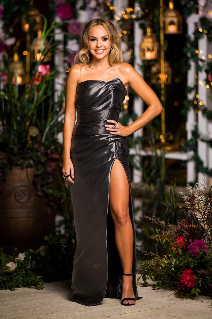 "Angie opted for a darker gown for her tenth cocktail party - a hint at the [drama to come](https://www.nowtolove.com.au/reality-tv/the-bachelorette-australia/bachelorette-ryan-anderson-drama-60203|target=""_blank"") for her final three guys...?"