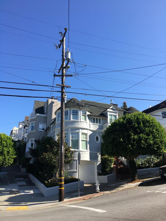 The *Mrs Doubtfire* house is a real house in the San Francisco area of Pacific Heights.