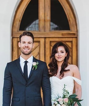 Taran Higgins uploaded a mock wedding photo of her estranged husband Carlin Sterritt to Instagram, despite him moving on.