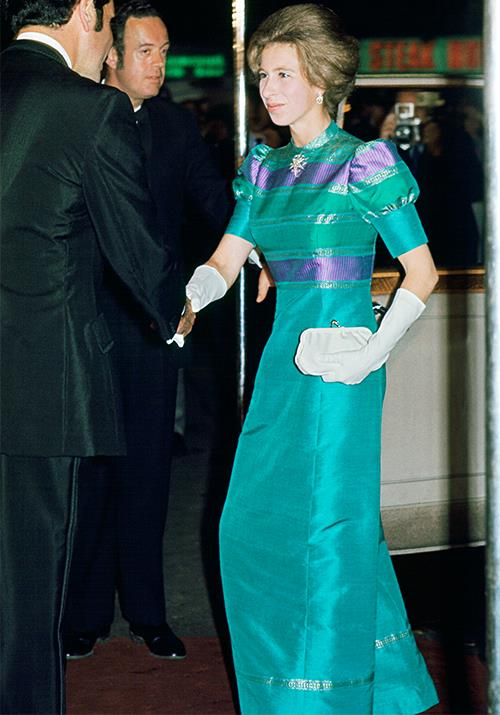 Bold and brave as ever, Anne opted for a bright teal frock featuring puff sleeves and a coated metallic fabric that very much commanded our attention.