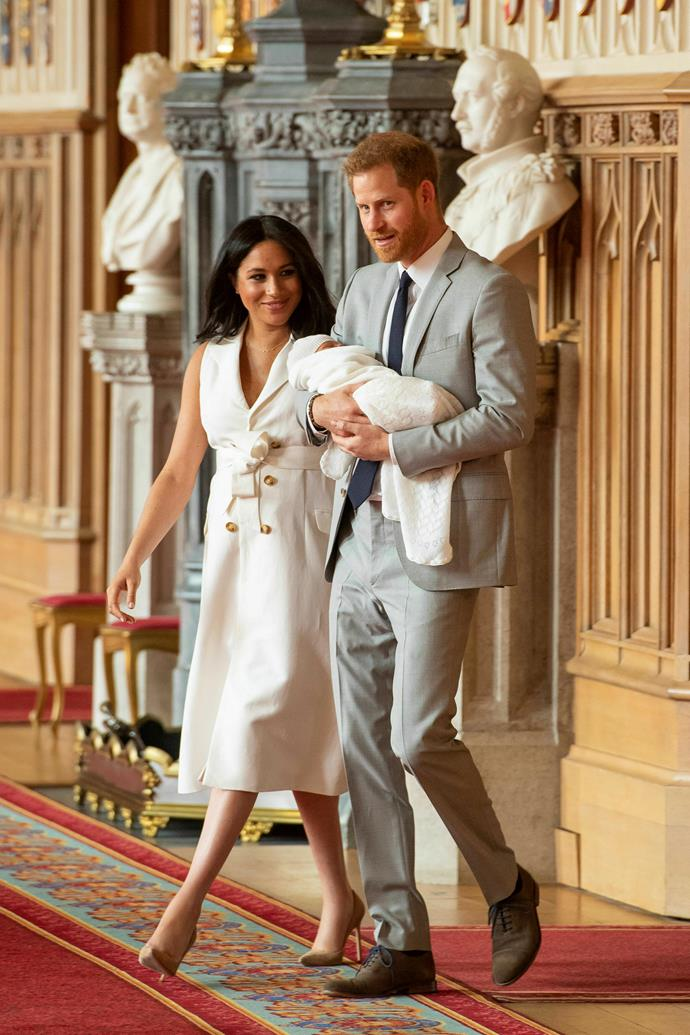 "Here he is! [At his first royal photo call](https://www.nowtolove.com.au/royals/british-royal-family/first-photos-royal-baby-2019-54350|target=""_blank""), Archie's name hadn't been officially revealed but slept peacefully in his dad's arms for the entirety."