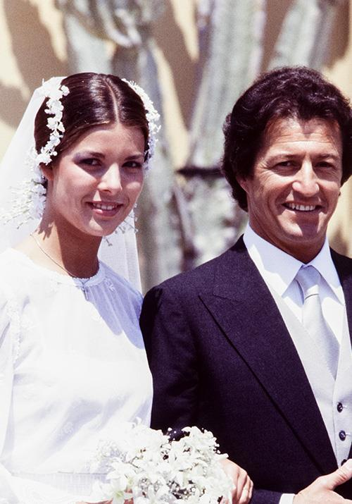 And who could forget her 1978 wedding to Philippe Junot - this floral adorned veil was a moment in time, never to be forgotten.