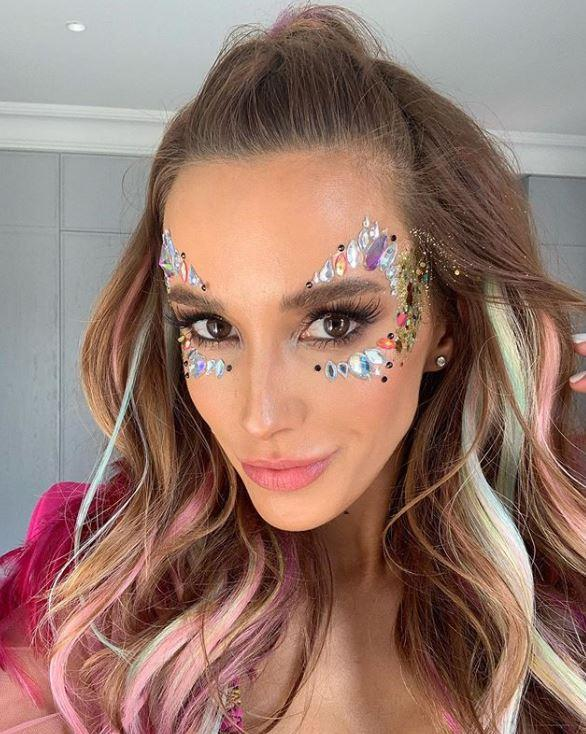 Bec's makeup look was full-festival glam.