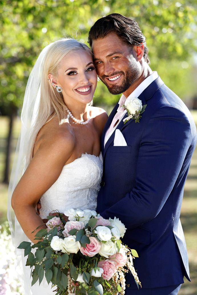 """**Elizabeth Sobinoff**  <br><br> Following a disastrous stint on this year's season of *MAFS,* Elizabeth will return to try her hand at finding love with a new groom. Hopefully one who isn't like her previous husband, Sam Ball. <br><br> After he referred to her as """"big"""" on their wedding day and embarked on an """"affair"""" with Ines Basic, Sam and Elizabeth called it quits. When he didn't bother showing up to the reunion, she delivered [an epic speech](https://www.nowtolove.com.au/reality-tv/married-at-first-sight/married-at-first-sight-lizzie-ines-speech-55044