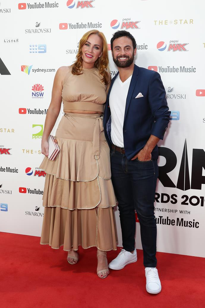 Newlyweds Jules and Cam looked picture perfect on the ARIA Awards red carpet.