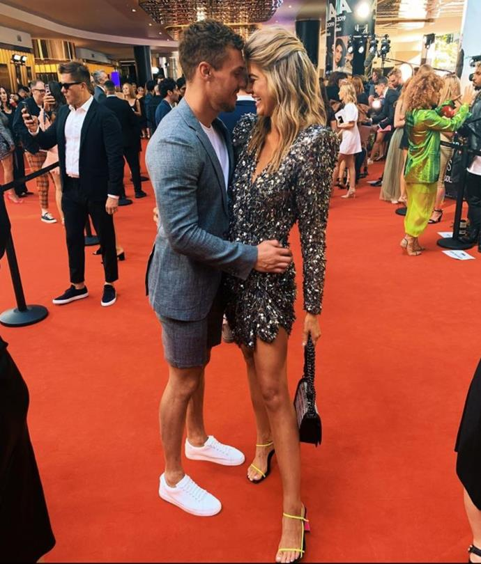 Josh and Anna were smitten on the ARIAs red carpet.