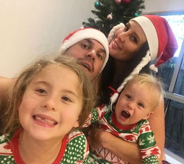 Beau and Kara celebrate Christmas with the kids in 2018.
