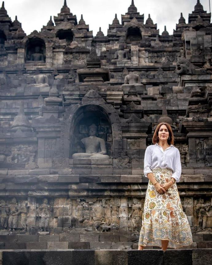 While posing at the world's largest Buddhist temple, Borobudur Temple, we couldn't keep our eyes off Crown Princess Mary's patterned skirt.