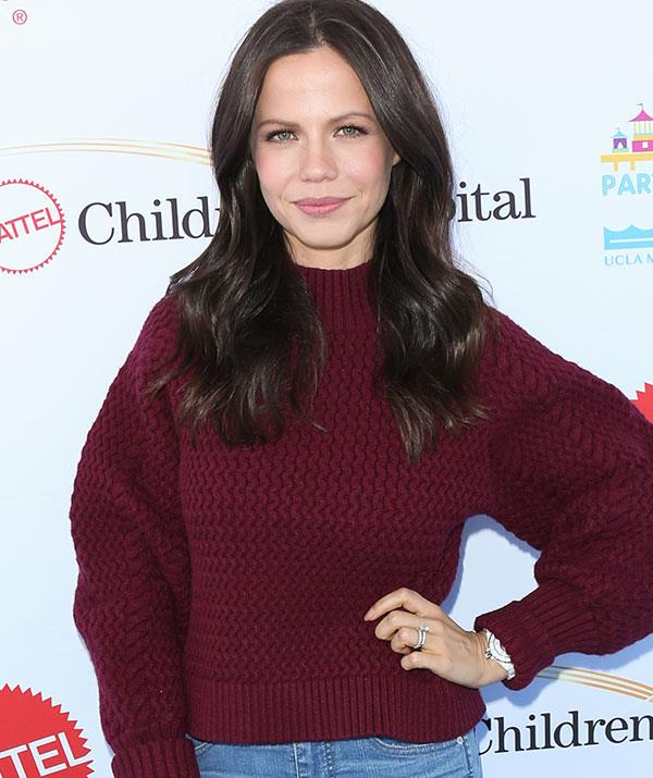 Tammin looks like she's barely aged a day!