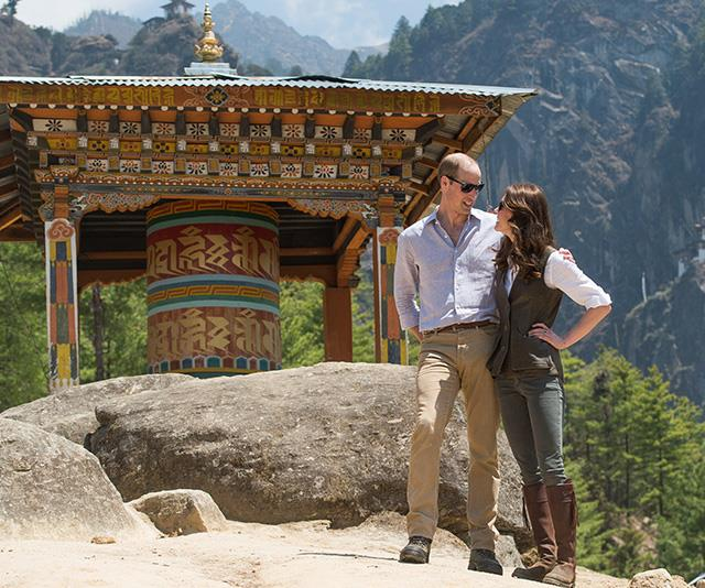 The couple appeared to be in their own little world as they posed for photos during an overseas tour.