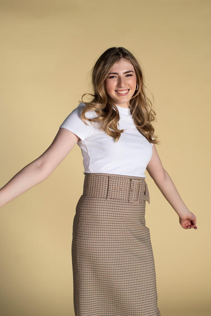 "**MACKENZIE IS FIRST TRANS CHARACTER (NEIGHBOURS)** <br><br> *Neighbours* broke new ground in 2019 with the show's first transgender character, played by Georgie Stone. Read our interview with the actress about the incredible role [**here.**](https://www.nowtolove.com.au/celebrity/tv/neighbours-georgie-stone-first-transgender-character-57952|target=""_blank"")"