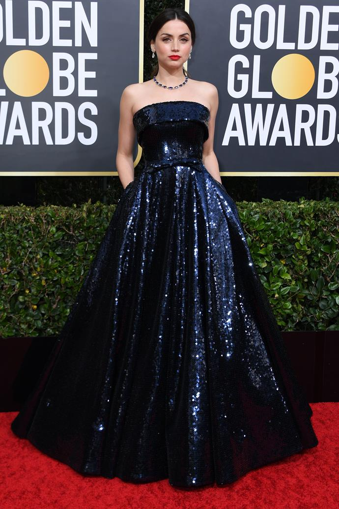 *Knives Out* star Ana de Armas makes a strong case for pockets in this stunning mightnight blue gown.