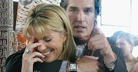 Sandra Sully explains THAT hilarious Ron Moss photo | TV WEEK