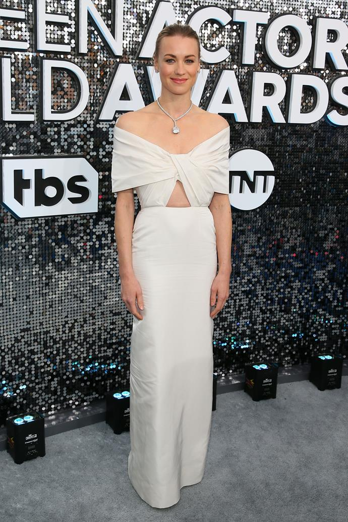 Aussie actress Yvonne Strahovski's off-white look is simple, but significant. Love it!