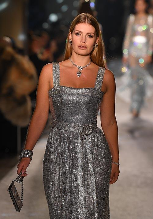 "With an aunt like Princess Diana, an interest in fashion seems only natural. Lady Kitty Spencer, who is the late People's Princess' niece is a [runway regular](https://www.nowtolove.com.au/royals/british-royal-family/lady-kitty-spencer-princess-diana-twinning-outfit-62230|target=""_blank"") - she looked incredible at Dolce & Gabbana's Milan Fashion Week show in 2018."