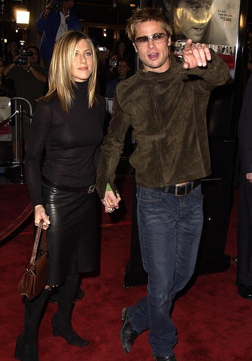 That same year, the couple were early noughties fashion goals at a premiere for *Spy Game*.