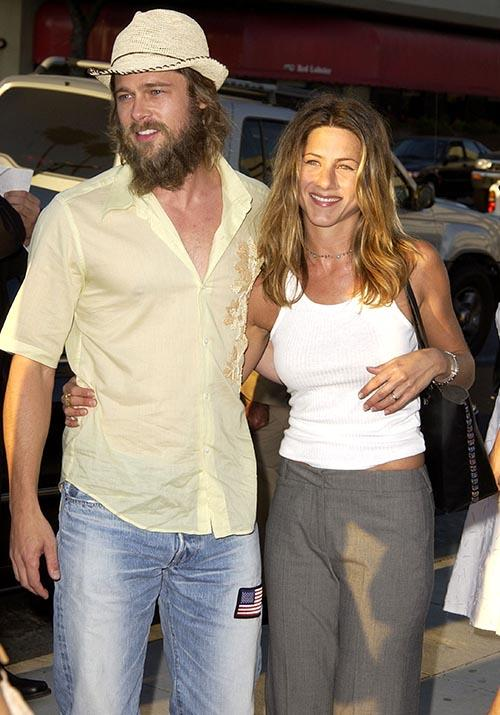 At the 2001 *Full Frontal* premiere, Brad and Jen were Californian chic to an absolute T.