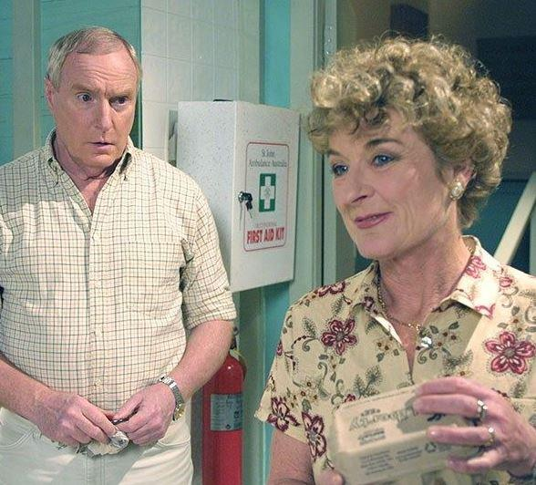Aisla and Alf were married for years on the show.