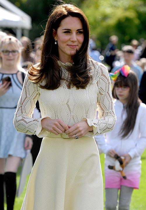 So you can only imagine how thrilled we were to see her wear it once again at a Palace garden party in 2017.
