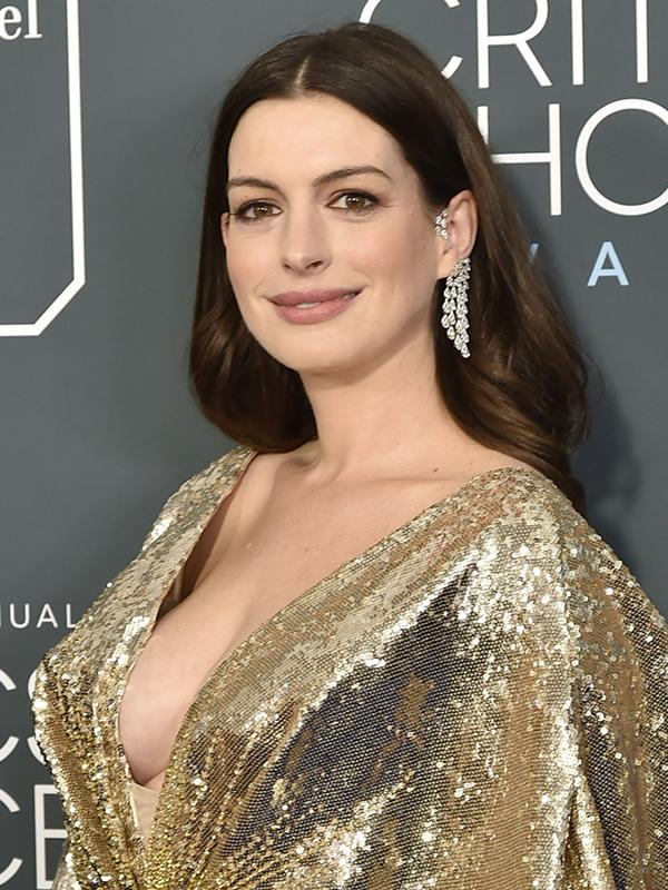 Anne Hathaway also doesn't drink, because she didn't love being hungover around her young son.
