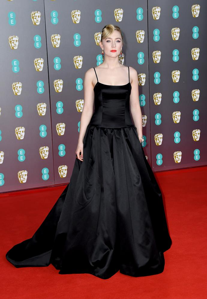 Irish rose Saoirse Ronan looked beautiful in a classy custom Gucci gown - with a pop of red lippy.