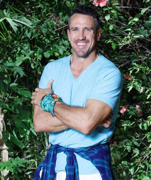"**Lee Carseldine (season 1)** <br><br> The original nice guy and runner up of Season 1, [Lee is back for All Stars](https://www.nowtolove.com.au/celebrity/tv/australian-survivor-lee-and-el-baby-plans-40493|target=""_blank"") and his second chance at taking out the win. As the unofficial hero of his season, Lee believed, and still does, that playing honestly can take you all the way."