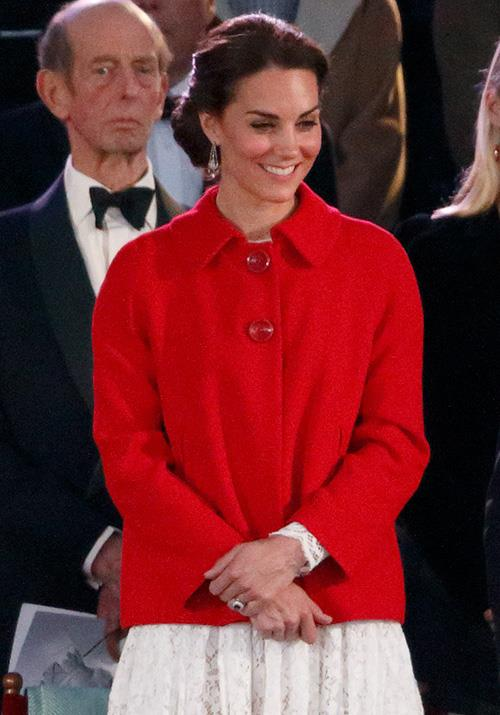 You'd never have guessed this beautiful red coat was actually a Zara steal. Kate wore the $146 garment to the Royal Windsor Horse Show in 2016.