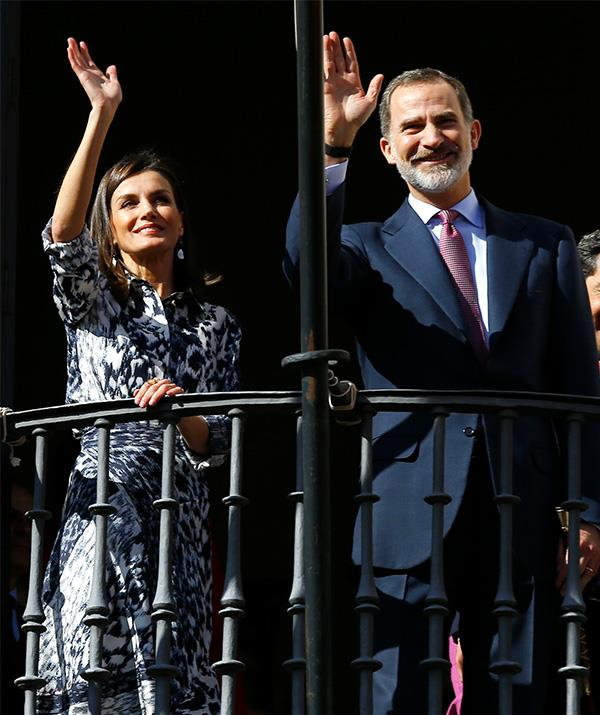 The Spanish royal couple waved to the crowds during their official engagement.