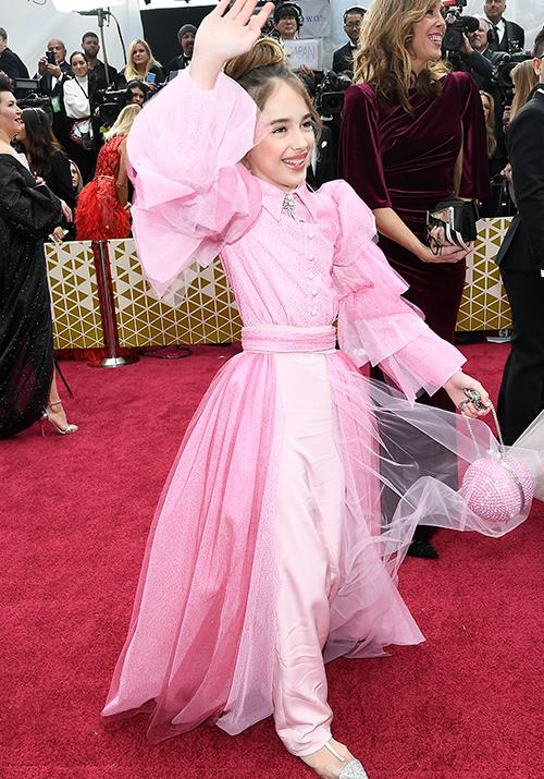 *Once Upon a Time in Hollywood*'s Julia Butters, aged 10, looks downright fabulous in a pink-get-up.