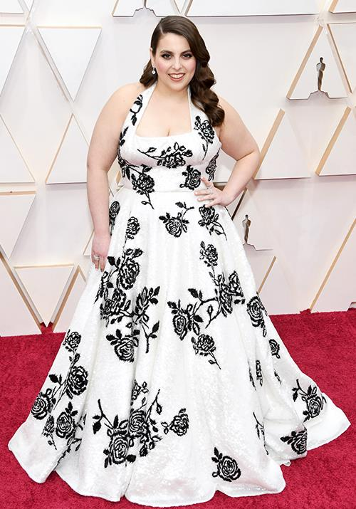 Beanie Feldstein looks glorious in this beautiful in this classic black and white creation.