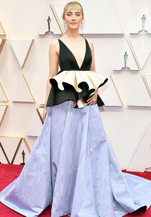 Irish-American actress Saoirse Ronan opts for a fabric-laden peplum design. Captivating, to say the least.