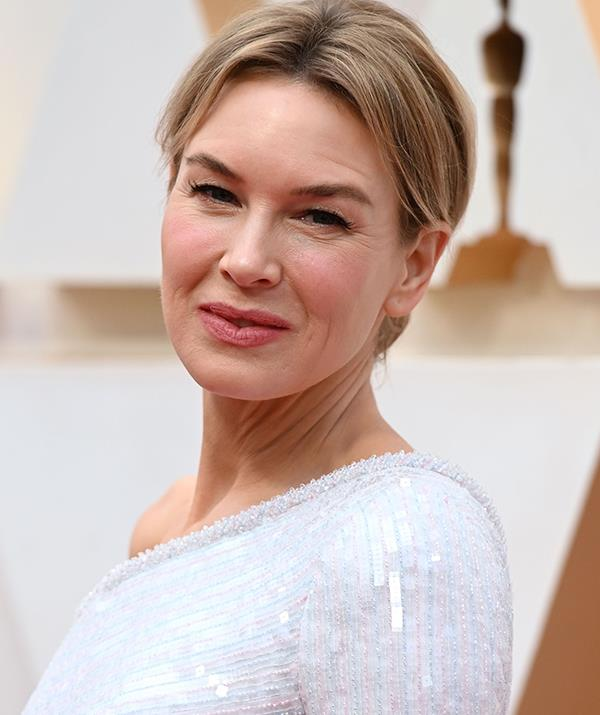 Renee Zellweger was hands-down a best dressed contender - and her flawless makeup was the cherry on top.