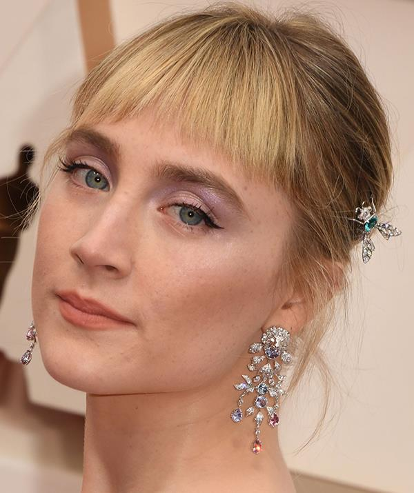 Irish rose Saoirse Ronan went for a subtle cat-eye flick with a feminine pink-toned shadow.