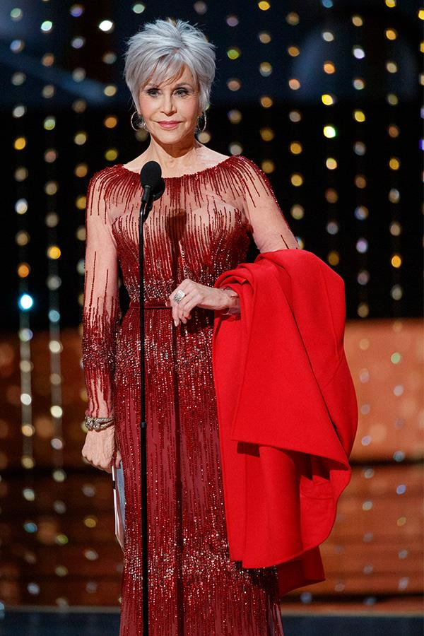 Jane Fonda presented the last award of the evening, the Academy Award for Best Picture.