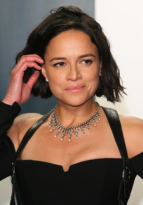 US actress Michelle Rodriguez's dark ensemble was great and all, but we're more obsessed with her chic chop. Taking this print out to our hairdresser STAT.