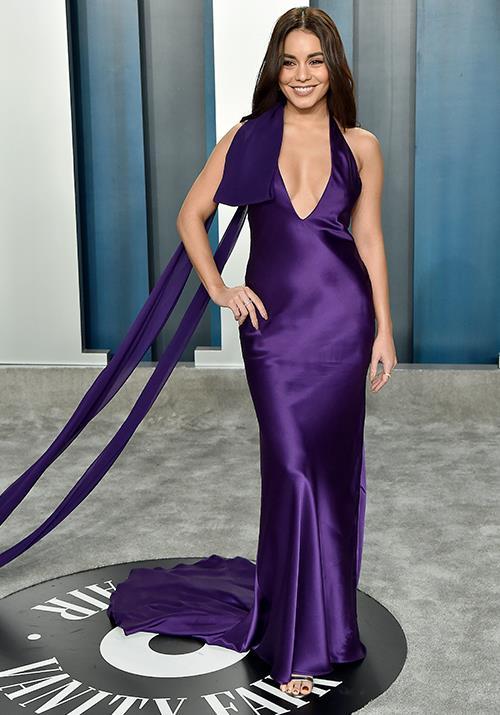 Vanessa Hudgens was radiant in this beautiful deep purple gown.