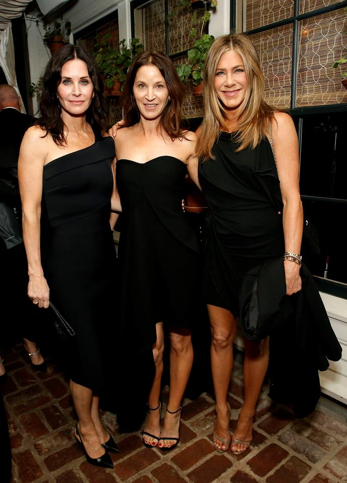 Meanwhile, at the Netflix Oscars after party, fans were thrilled when they witnessed 'The one where two former *Friends* cast mates reunite'. Enter Courteney Cox and Jennifer Aniston!