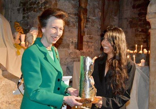 Anne presented a special award to a talented designer during Fashion Week.